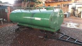 Carreta Tanque 4000 litros, marca Acton ano 2003