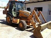 Trator Carregadeiras Retroescavadeira Case 580N 4x4 ano 14