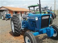 Trator Ford/New Holland 4600 4x2 ano 77
