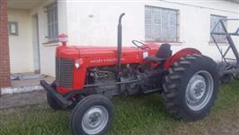 Trator Massey Ferguson 65 X 4x2 ano 80