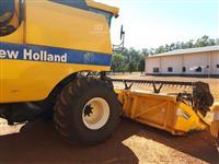 Colheitadeira New Holland TC 5070 ano 2011