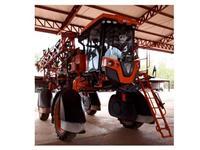 Pulverizador Jacto Uniport 2530