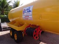 Carreta Tanque para Combate a Incêndio Mepel 18500