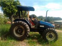 Trator New Holland TL 85 E 4x4 ano 10
