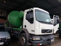 Caminhão Volvo VM260 ano 11