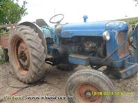 Trator Ford/New Holland Major 4x2 ano 58