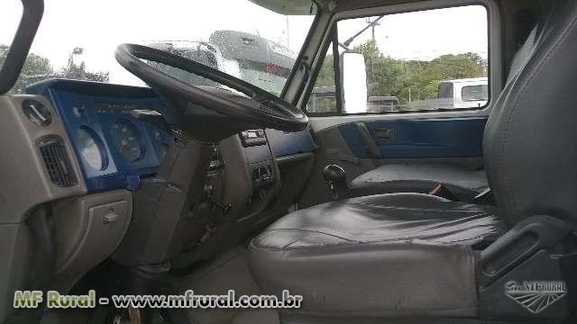 Caminhão Volkswagen (VW) 15180 ano 09