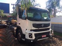 Caminhão Volvo FMX500 6X4 ano 14