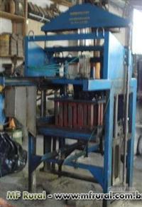 Maquina De Fabricaçao De Blocos E Paver