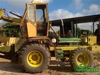 Trator Carregadeiras Carregadeira de Cana JD 6405 (Câmbio Power Quad!) 4x4 ano 03