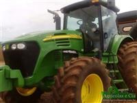Trator John Deere 7715 (Trator de lavoura - Excelente estado!) 4x4 ano 10