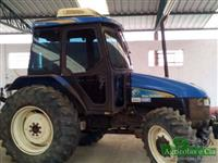 Trator Ford/New Holland TL 75 E (Cabinado - 2.700 Horas!) 4x4 ano 09