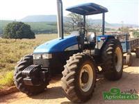Trator Ford/New Holland TL 85 (Motor MWM - Excelente Estado!) 4x4 ano 10
