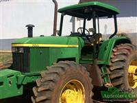 Trator John Deere 7500 (Câmbio Power Quad - 140 Cavalos!) 4x4 ano 99
