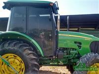 Trator John Deere 5078 E (Com Redutor - Cabine Original!) 4x4 ano 14