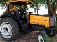 Trator Valtra/Valmet 800 4x2 ano 08