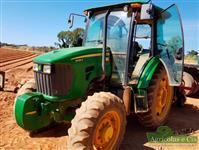 Trator John Deere 5085 4x4 ano 15