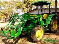 Trator John Deere 5055 4x4 ano 18