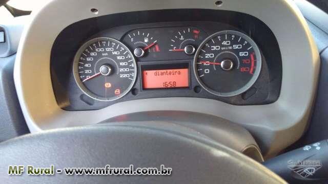 Fiat Doblô 1.8 HLX ano 2011