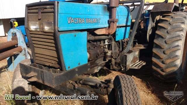Trator Valtra/Valmet 785 4x2 ano 99