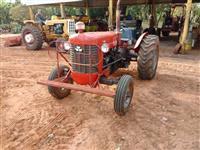 Trator Massey Ferguson 50 X 4x2 ano 73