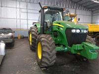 Trator John Deere 7205J 4x4 ano 11