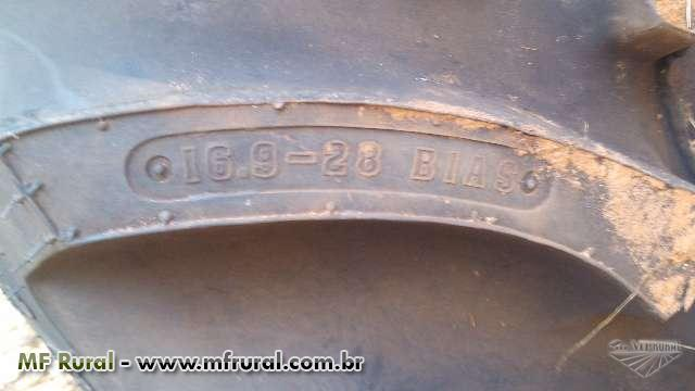 Trator Ford/New Holland TT 3840 4x4 ano 08
