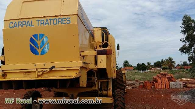 Colheitadeira New Holland TC 57