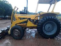 Trator Cbt 2105 4x2 ano 86