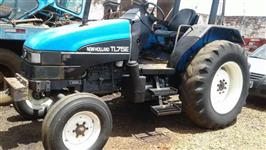 Trator Ford/New Holland TL 75E 4x2 ano 01