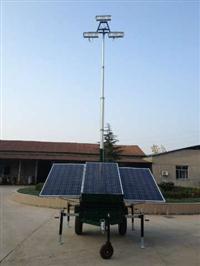 Torres de iluminação movidas a energia solar