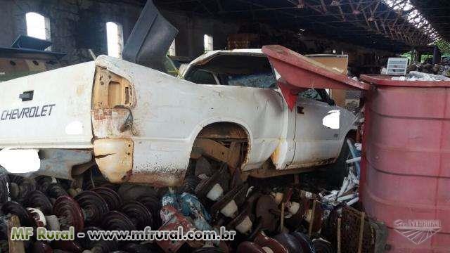 SUCATA DE AUTOMÓVEL S10 – LOTE 79  #3088