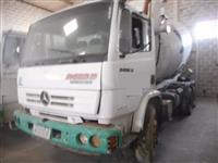 Caminhão Mercedes Benz (MB) 2423 ano 06
