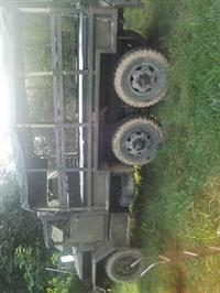 Caminhão Outros  REO 6X6  ano 68
