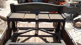 Guilhotina de pedal Newton 1150 mm
