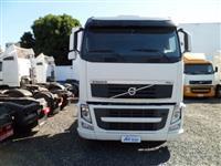 Caminhão Scania FH440 ano 10