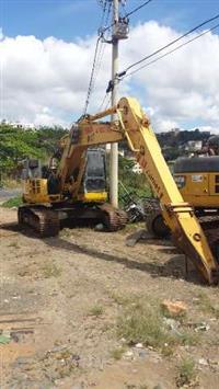 Escavadeira Komatsu PC228 ano 2010