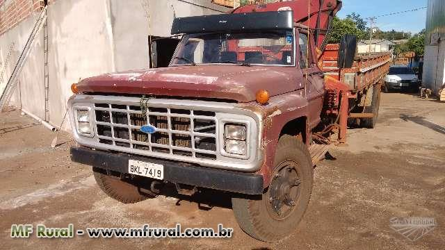 Caminhão Ford Chassi ano 84