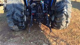 Trator Ford/New Holland S100 4x2 ano 03