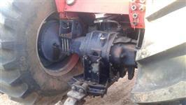 Trator Massey Ferguson 680 4x4 ano 04
