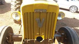 Trator Valtra/Valmet 65 4x2 ano 81