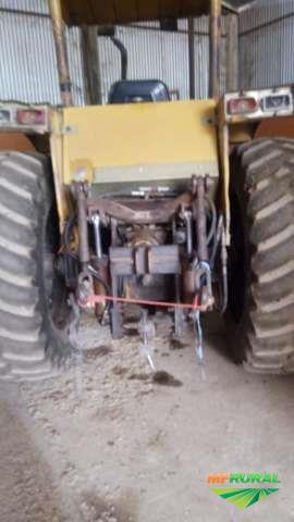 Trator Cbt 8060 4x2 ano 85
