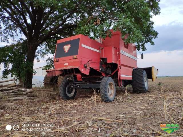 Colheitadeiras Massey Ferguson 5650....ANO 2003