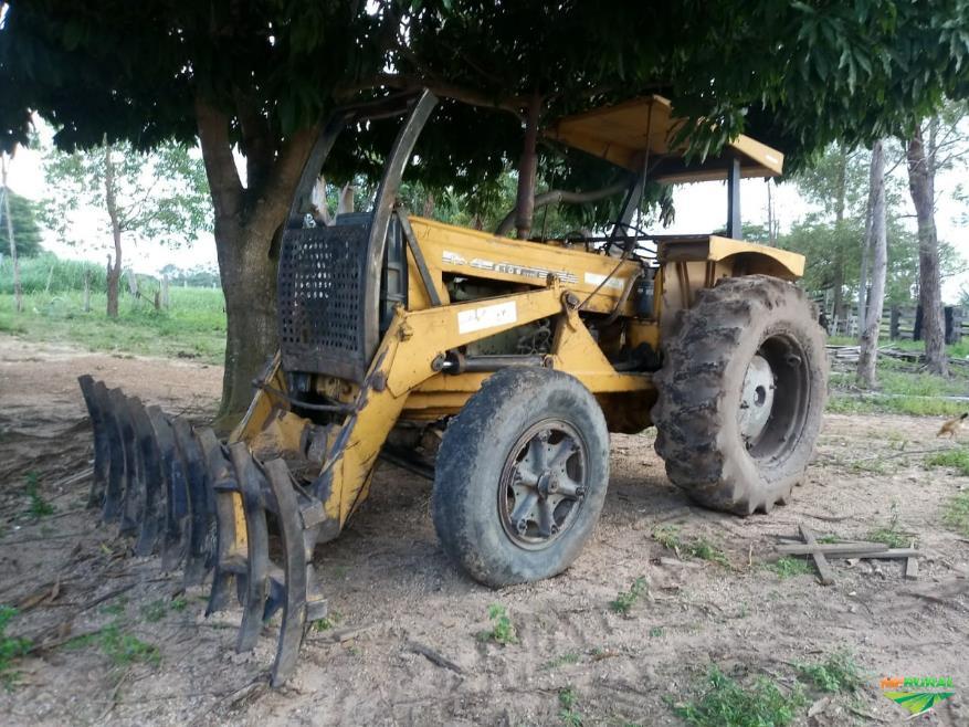 Trator Outros Cbt 4x2 ano 85