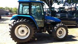 Trator Ford/New Holland TL 80 4x4 ano 0