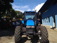 Trator New Holland TL 95 E 4x4 ano 14