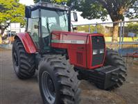 Trator Massey Ferguson 660 4x4 ano 04