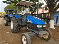 Trator New Holland TL 75 E 4x4 ano 02