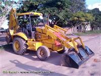 Retroescavadeira JCB 214E 4x2 2004