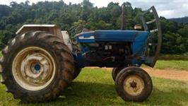 Trator Ford 6600 4x2 ano 80
